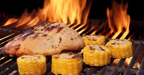 Low Calorie Grilled Chicken Thighs with Pineapple